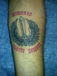 Militari e tatuaggi: corsa contro il tempo per cancellarli